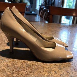 Tahari nude heels